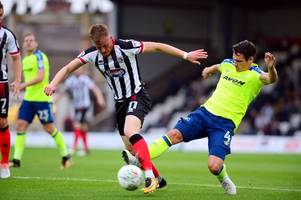 grimsby town 0-1 derby county report - vydra winner sees mariners pay the penalty