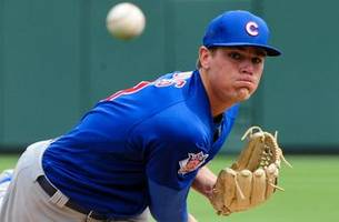 brewers claim former cubs rhp aaron brooks off waivers