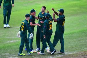 win one of five free pairs of tickets to notts outlaws v somerset