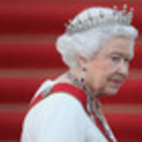 queen 'deeply hurt' by criticism over diana's death