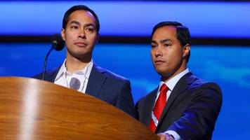 The Democrats' Rising Twin Stars Could Burn Each Other Out