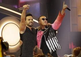 'despacito' breaks streaming songs chart record for most weeks at no. 1