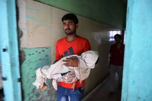 india hospital: sixty more children die in uttar pradesh