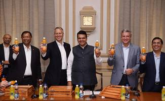 coca-cola brings the goodness of indian santra with minute maid santra