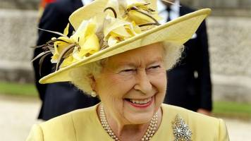 hurricane harvey: queen 'deeply saddened' by disaster