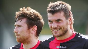 scottish challenge cup: crusaders and linfield go through