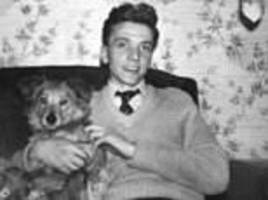 moors murderer ian brady left gifts for penpals