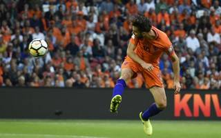world cup boost for holland as france draw with luxembourg