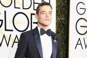rami malek looks exactly like freddie mercury in first 'bohemian rhapsody' shot (photo)