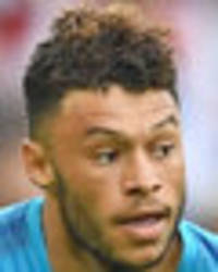 alex oxlade-chamberlain: chelsea transfer snub came after chat with gareth southgate