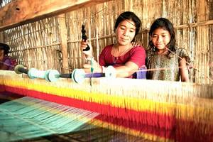 unflinching faith of our dedicated handloom weavers in their guru will make you appreciate teacher's day even more