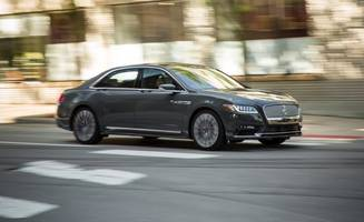 2017 lincoln continental in depth: a relaxed-fit boulevardier with thrones fit for a king