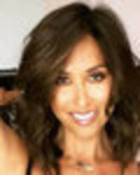 myleene klass strips to underwear for mind-blowing exposé