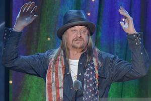kid rock shows donald trump how to condemn nazis with style (video)