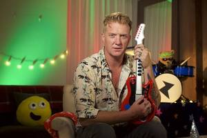 josh homme to read bedtime story on cbeebies