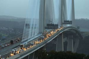 traffic chaos on queensferry crossing as new bridge reopens to traffic