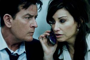 '9/11' review: charlie sheen drama avoids exploitation if not familiarity