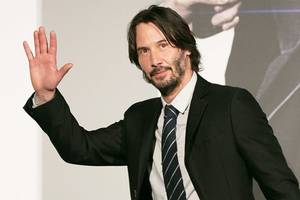 keanu reeves sci-fi thriller 'replicas' sells to entertainment one studios