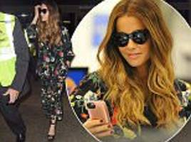 kate beckinsale looks stylish in floral co-ord at lax