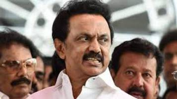 mk stalin urges vidyasagar rao to convene tn assembly for floor test