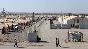 iraq holds 1,300 foreign wives and children of is suspects