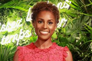 issa rae becomes a covergirl: 'never ever in my life did i imagine i'd be one'