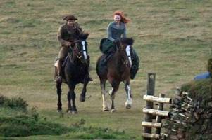 beverley's eleanor tomlinson shares behind the scenes snaps from poldark filming