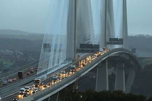 calls for forth road bridge to be re-opened as new queensferry crossing plagued by traffic jams