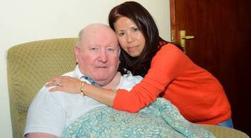 vietnamese girl thanks tyrone hero who plucked her from sea in 1979