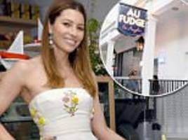 employees at jessica biel restaurant 'had tips withheld'