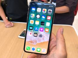 Hands-on with the new $999 Apple iPhone X