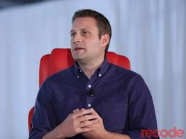 blue apron ceo: we don't want to compete with amazon or whole foods (aprn)