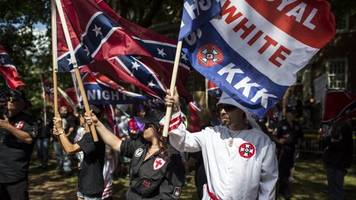 Congress Passes Resolution Calling On Trump To Condemn Hate Groups