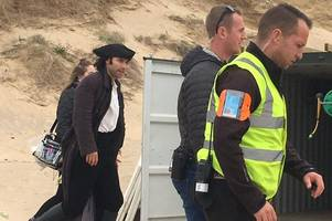 aidan turner fan page leaks poldark filming locations in cornwall for coming weeks