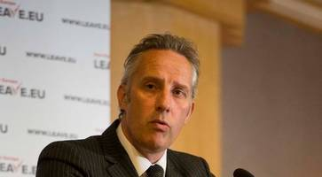 parliamentary standards watchdog launches investigation into dup mp ian paisley