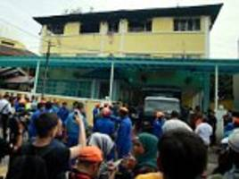 25 children and teachers die in fire at school in Malaysia