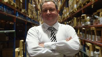 mps quiz sports direct boss over couriers' pay