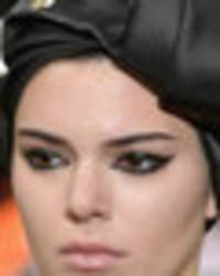 kendall jenner exposed her nipples in sheer top on the runway