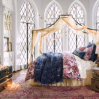 WARNER BROS. CONSUMER PRODUCTS AND PBTEEN LAUNCH EXCLUSIVE HARRY POTTER HOME DÉCOR COLLECTION
