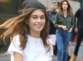 Kaia Gerber heads to dinner with mom Cindy Crawford