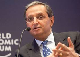 former citi ceo vikram pandit: ai could kill 30% of back-office banking jobs by 2023