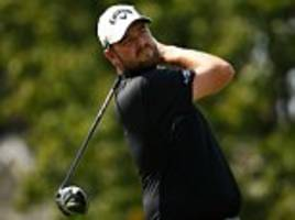 marc leishman maintains the lead at bmw championship