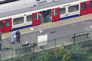 police arrest 18-year-old in connection with london parsons green tube bombing