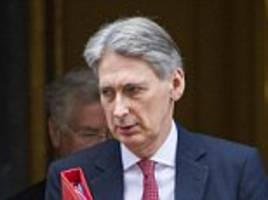Chancellor 'set to slash tuition fees by £5,000'