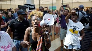 St Louis police killing: Fresh protest breaks out in city