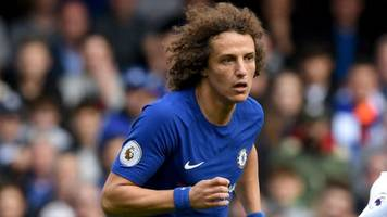 Luiz sent off as Chelsea and Arsenal draw