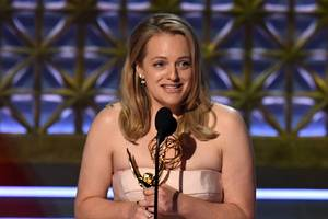 elisabeth moss wins outstanding lead actress emmy for the handmaid's tale