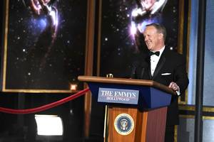 stephen colbert brought out sean spicer for his emmys opening monologue