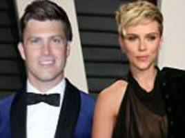 colin jost gushes about scarlett johansson at emmy's party