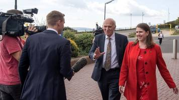 Vince Cable: Lib Dem leader to warn of looming Brexit 'disaster'